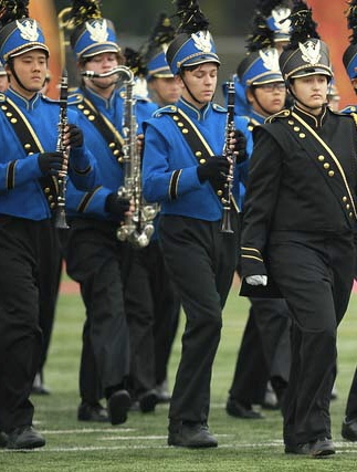delaney leading them onto the field1 2.jpg