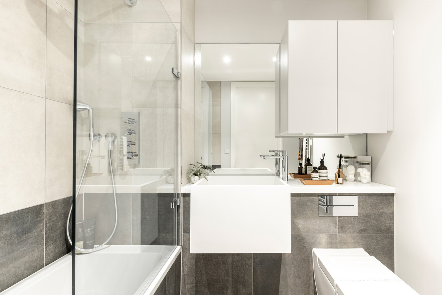 SUNA-INTERIOR-DESIGN_PEABODY_WHARF-ROAD_ISLINGTON_BATHROOM-DESIGN-004.jpg