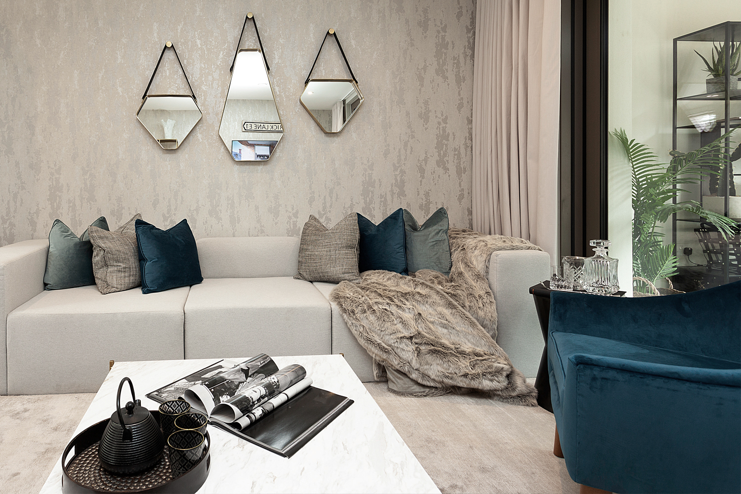 LONDON-SQUARE_SPITALFIELDS_SUNA-INTERIOR-DESIGN_SHOW-HOME-002.jpg