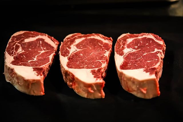 Being a Montanan has some major perks, and one of them is beef. Here at Copper, all our steaks are hand-cut USDA Upper Third Choice Beef. Bringing you a flavorful and tender steak!