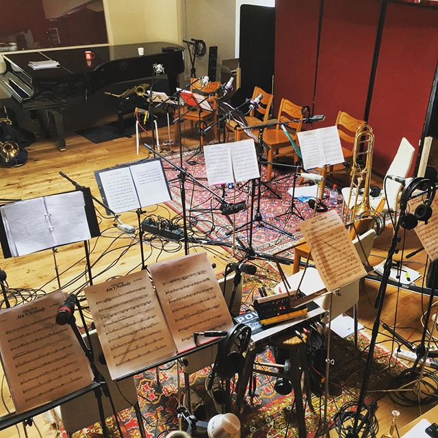A lot of traffic at the studio today. @steffen.k.peters is recording with @funkyoubigband.  #music #recording #studio #bigband #producer #audioeginner #soundsgood #goodmood #luzern #switzerland