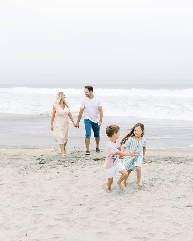 A little sneak peek from my last session before taking some time off for baby boy- I'm feeling a little bittersweet about it, but also excited to take these last few weeks to soak up time with Alice and finish up baby preparations! Many more photos of this beautiful family to come🥰