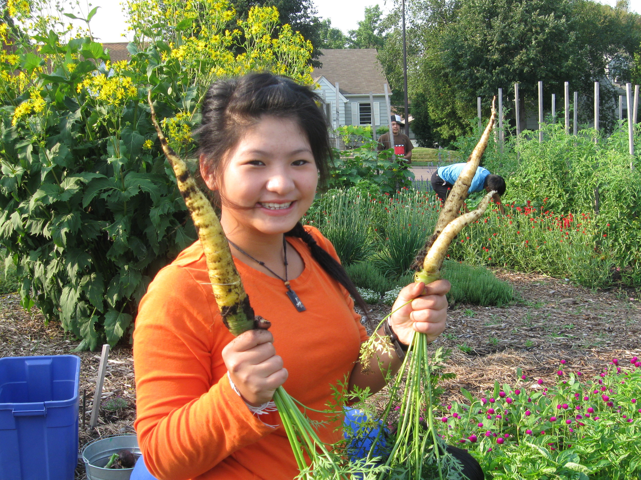 Youth gardening program.jpg