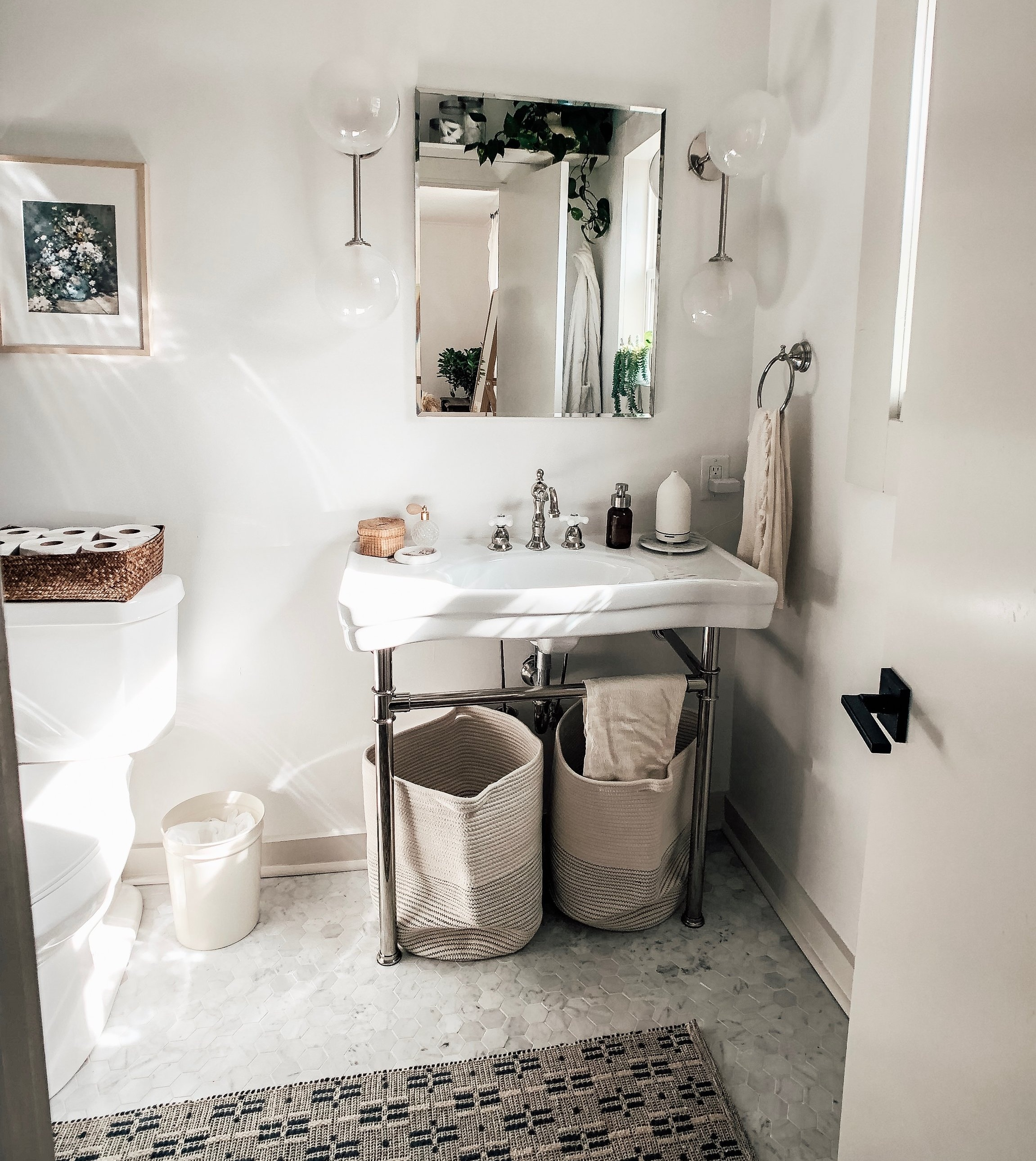 Corner Cottage Master Bathroom_1.jpg