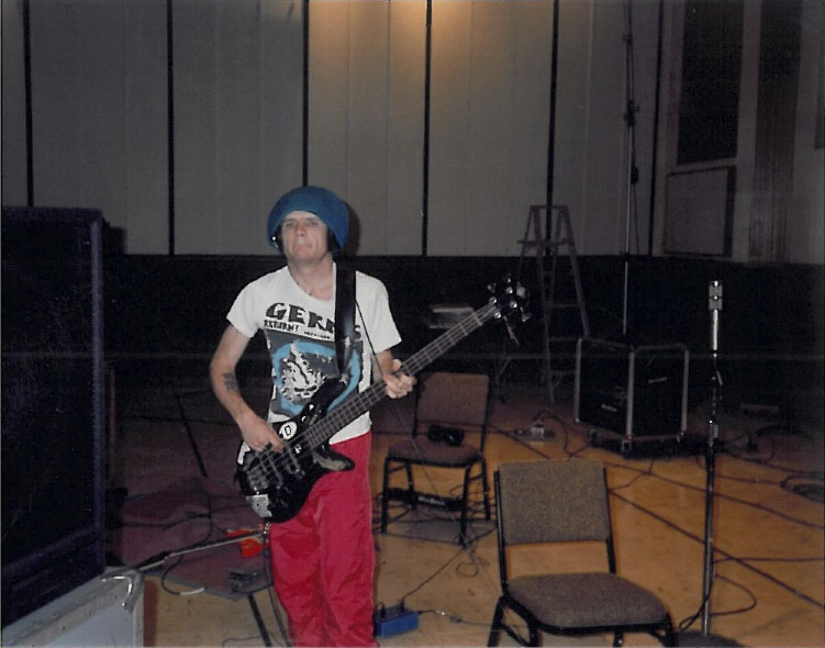 flea-michael-balzary-recording-mothers-milk-ocean-way-recording-studio-hollywood-1988-1989.jpg