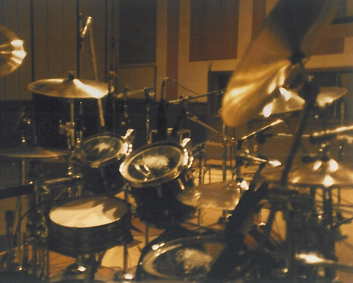 mothers-milk-ocean-way-recording-studio-drum-kit-chad-smith-rhcp-05.jpg