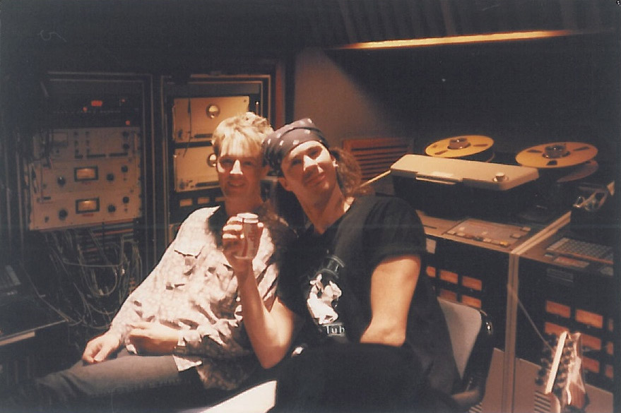 red-hot-chili-peppers-ocean-way-recording-studio-mothers-milk-chad-smith-hollywood-1988-1989.jpg