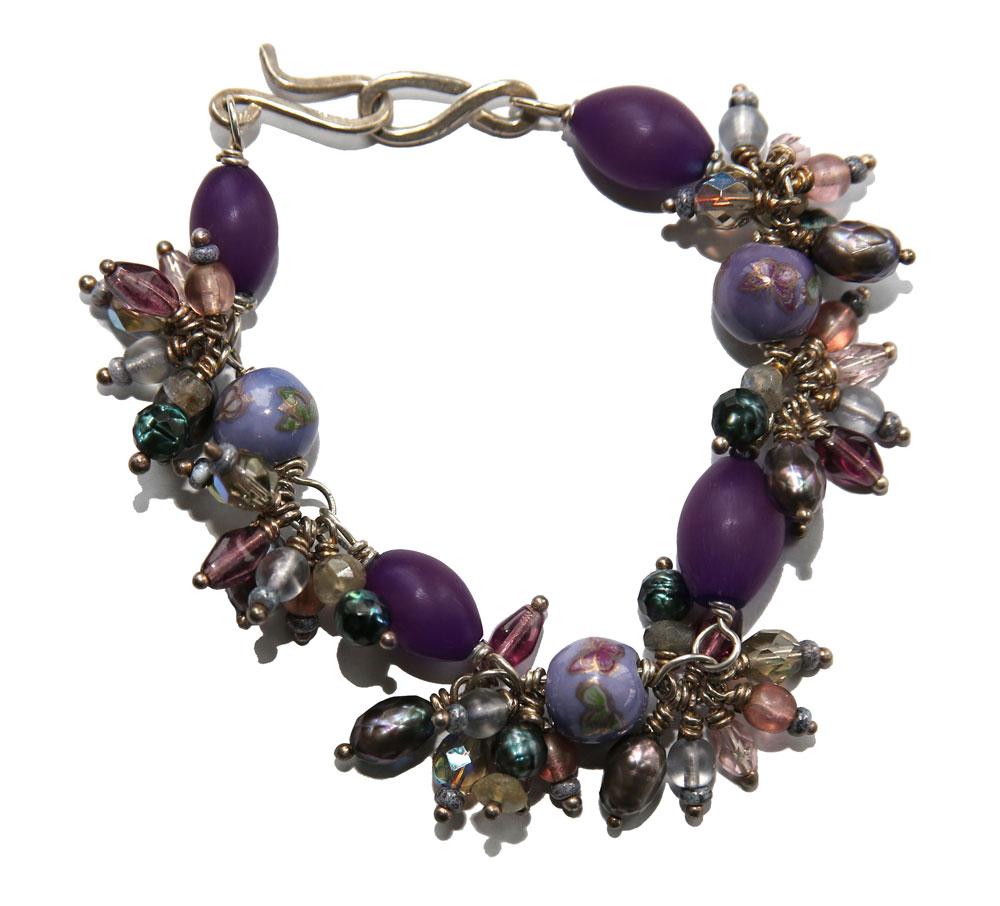 67_Spike-Bracelet-Lilac-adj_rgb_opt_web.jpg
