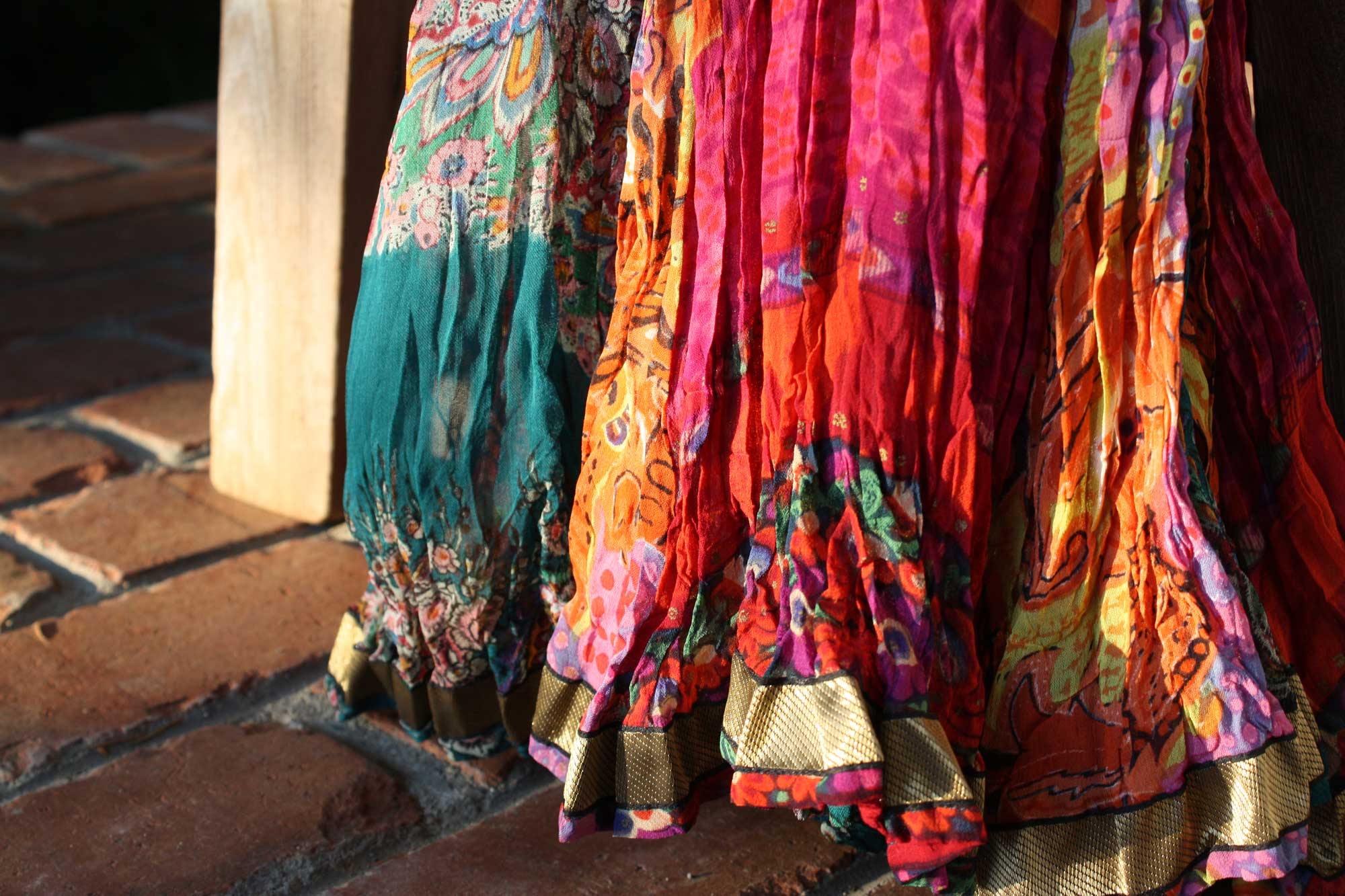 pink-teal-skirt-in-sun_web.jpg
