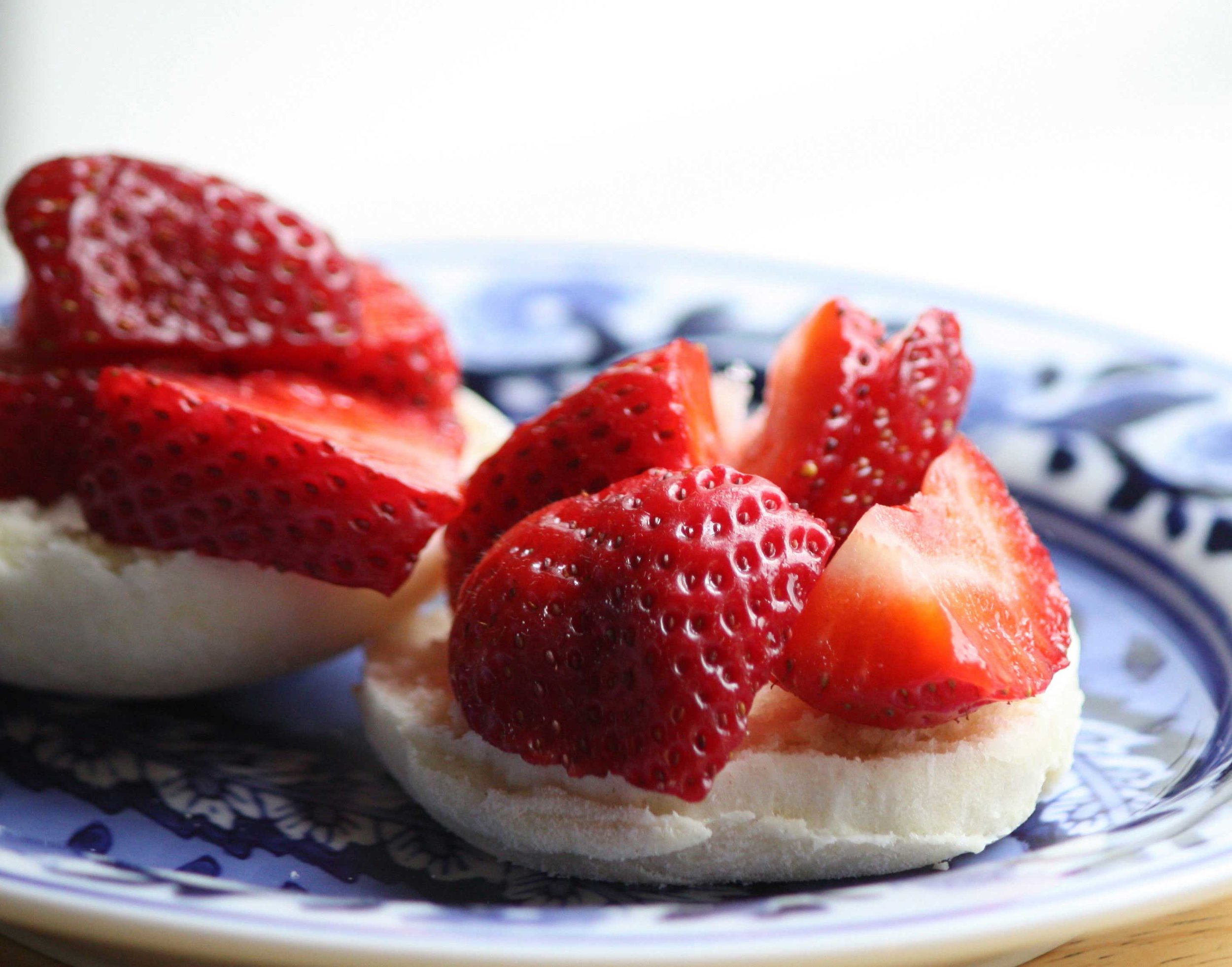 90_Red-Strawberry-Shortcake_rgb_crop_opt_web.jpg