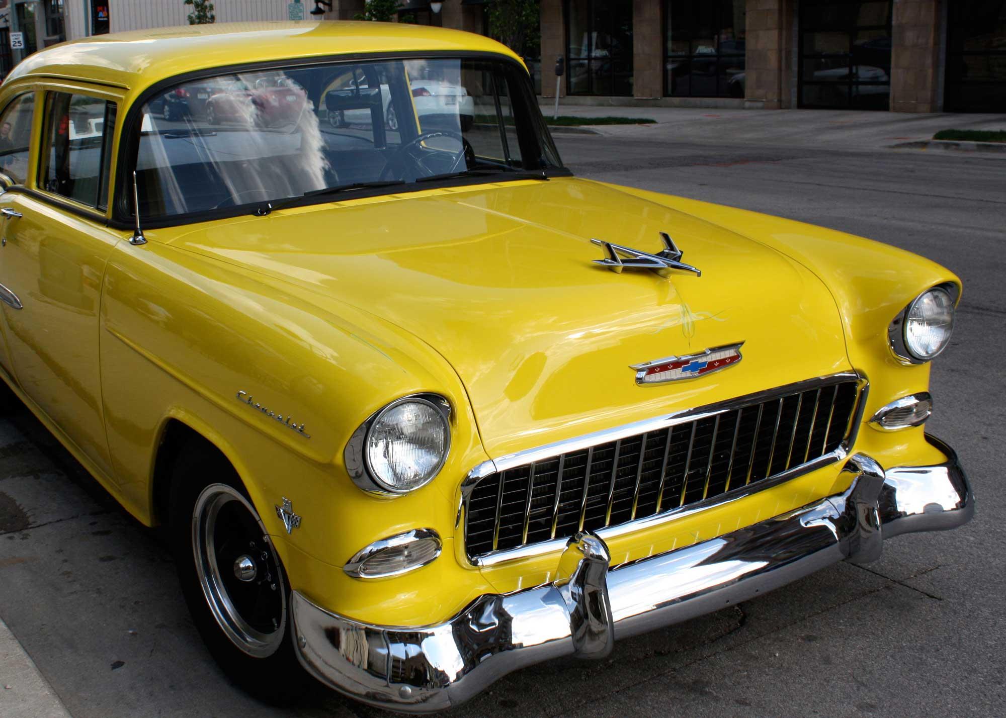 124_Yellow-Chevy_rgb_opt_web.jpg