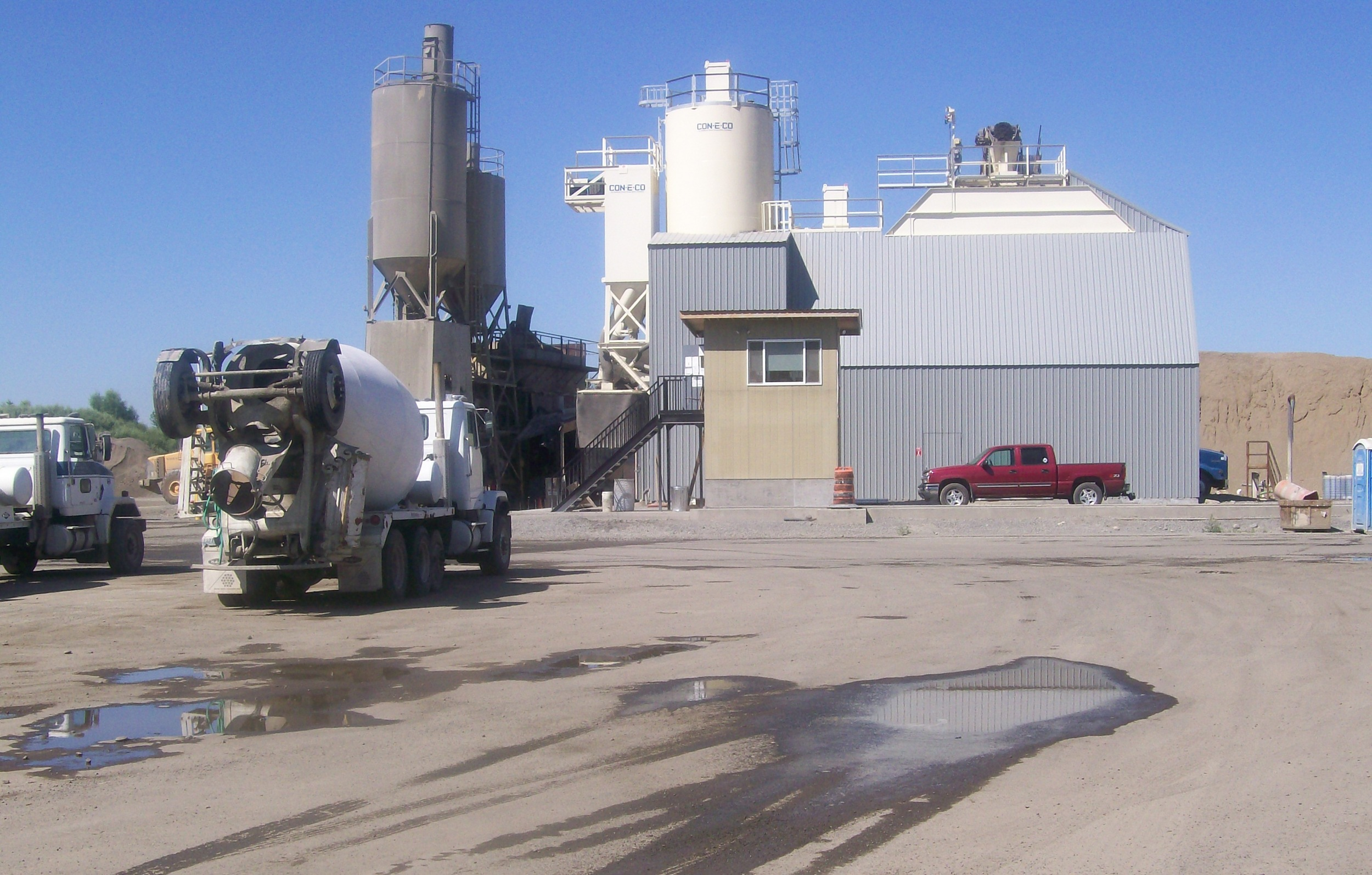 Dry Mix Concrete Plant