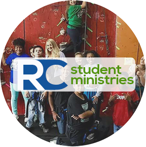 youth-ministry-rc-students-rejuvenate-church