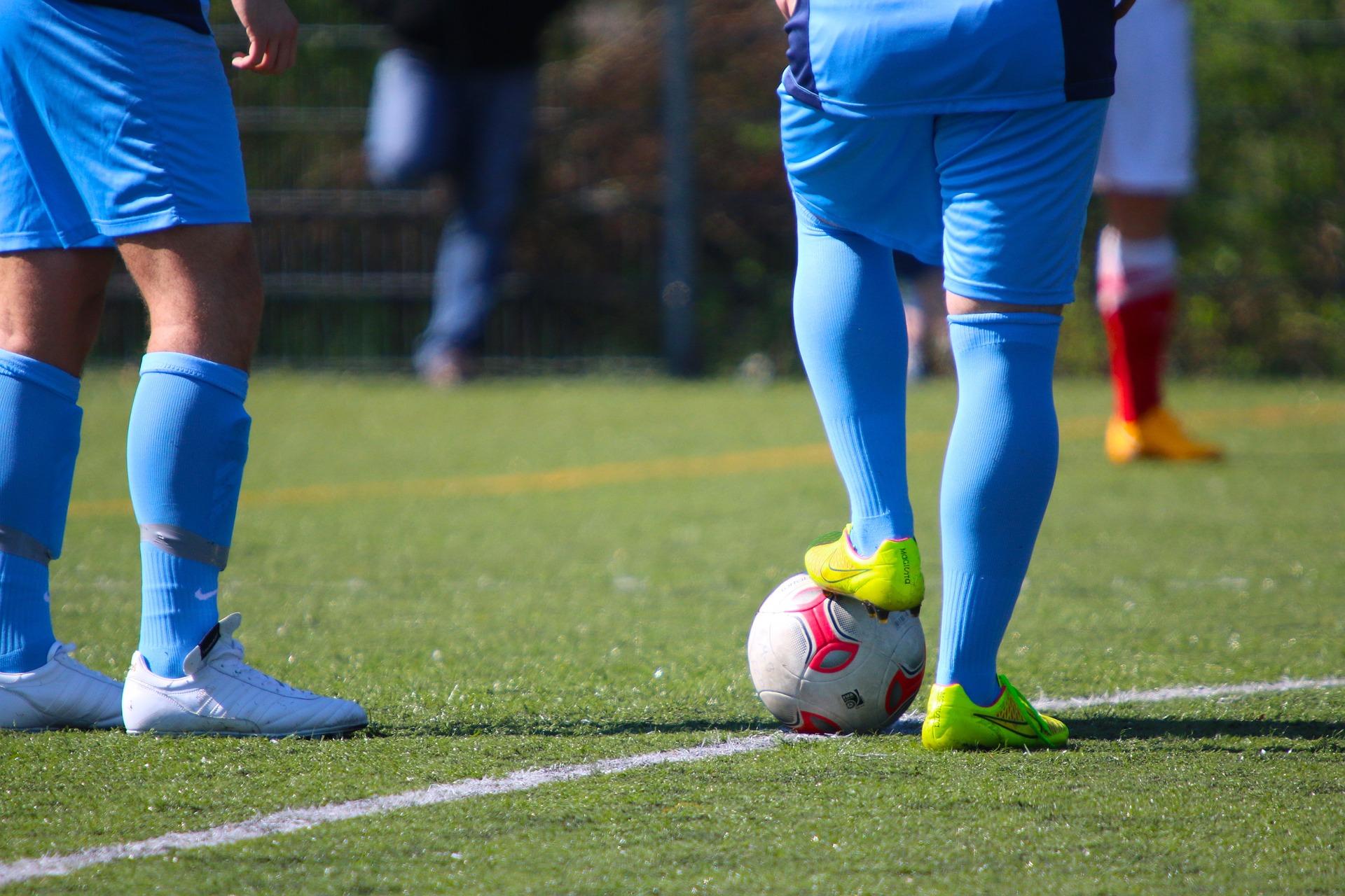 football-730418_1920.jpg