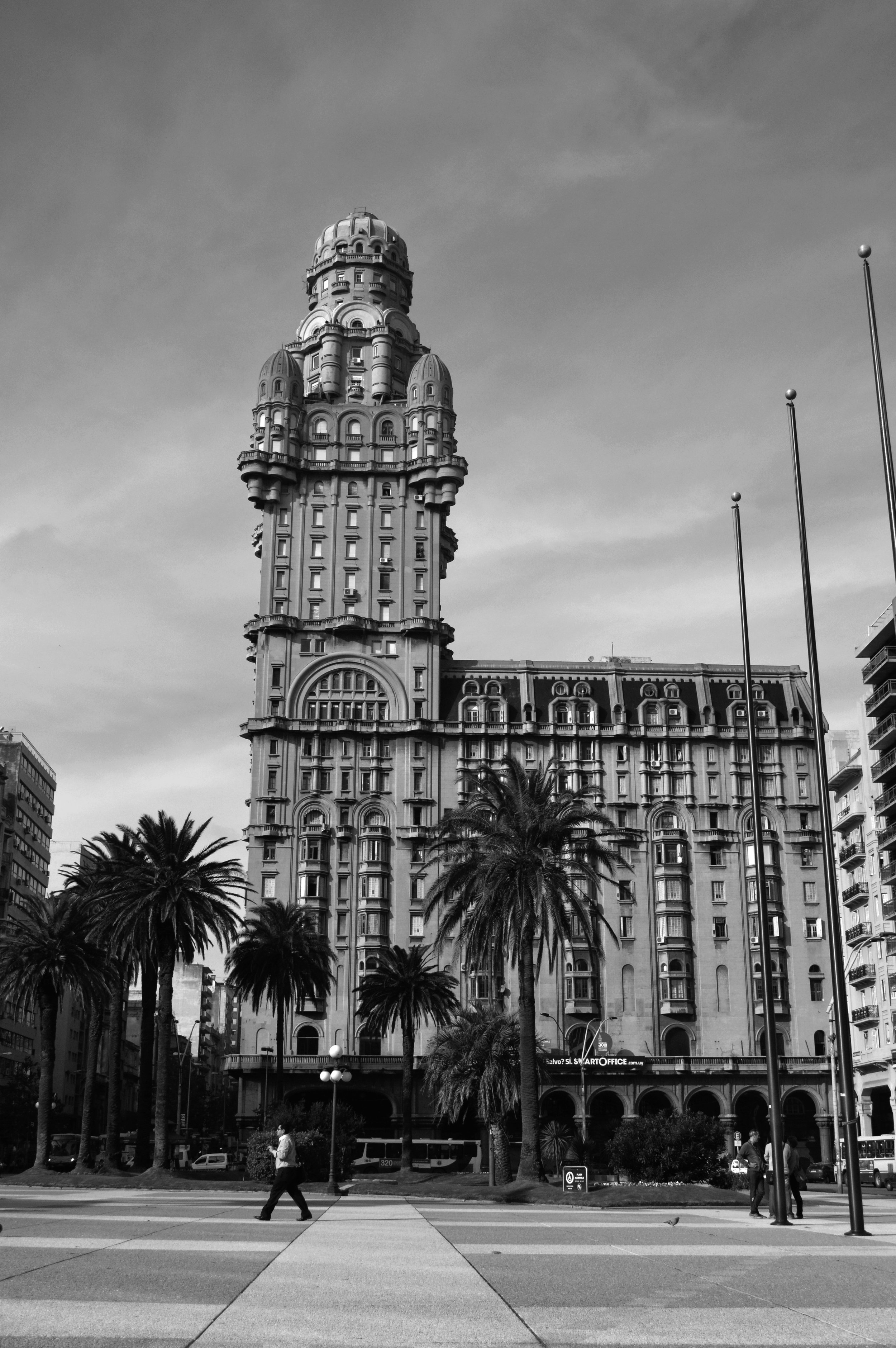 The Palacio Salvo, one of the most iconic buildings in South America, and setting for 'A Ghost Story', a chapter in my forthcoming novel, 'The Red Masks of Montevideo'. Photo source: Wikicommons