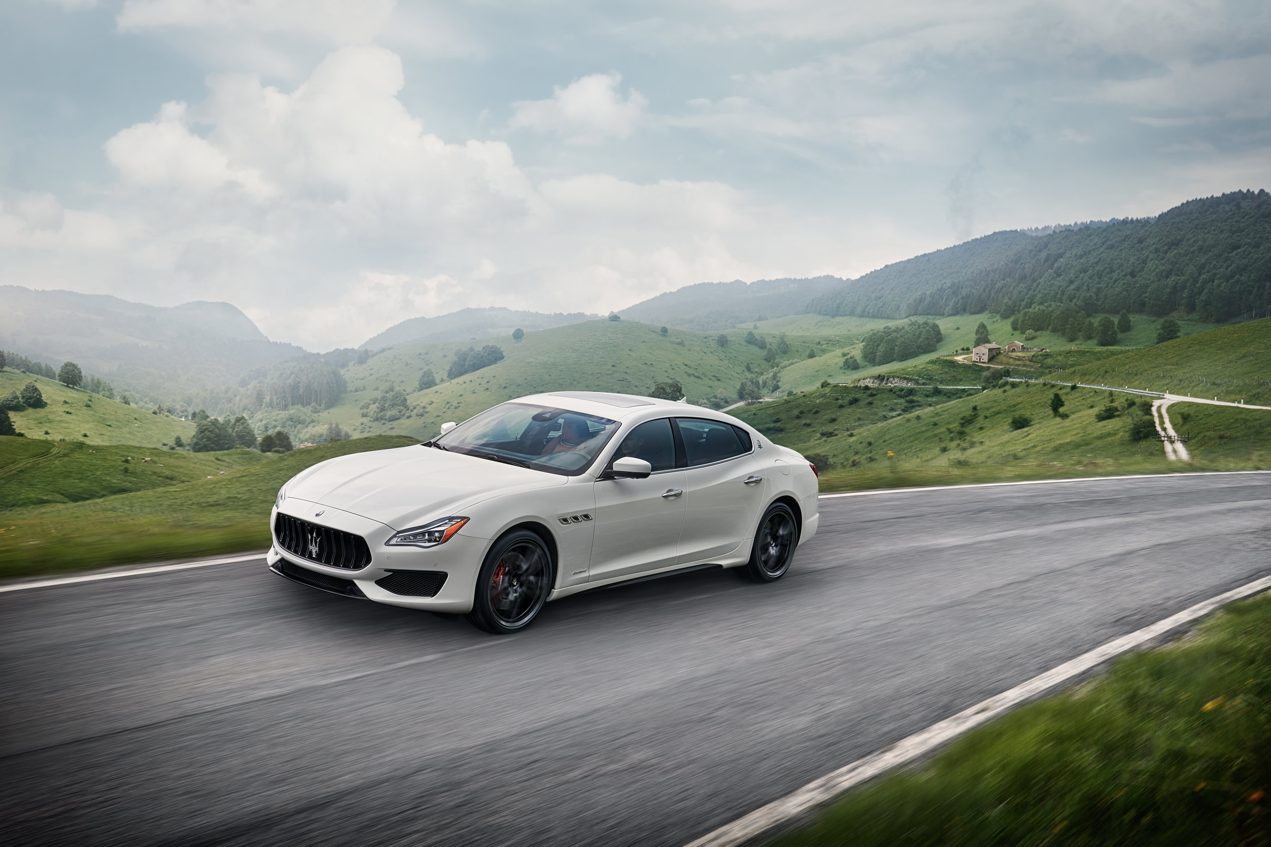 Large-14894-MaseratiQuattroporteGTSMY19GranSport.jpg