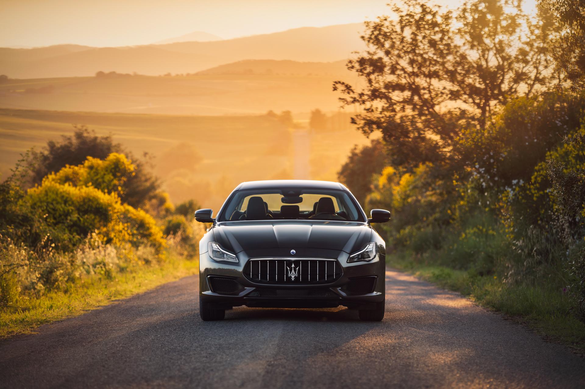 Large-14861-MaseratiQuattroporteSQ4MY19GranSport.jpg