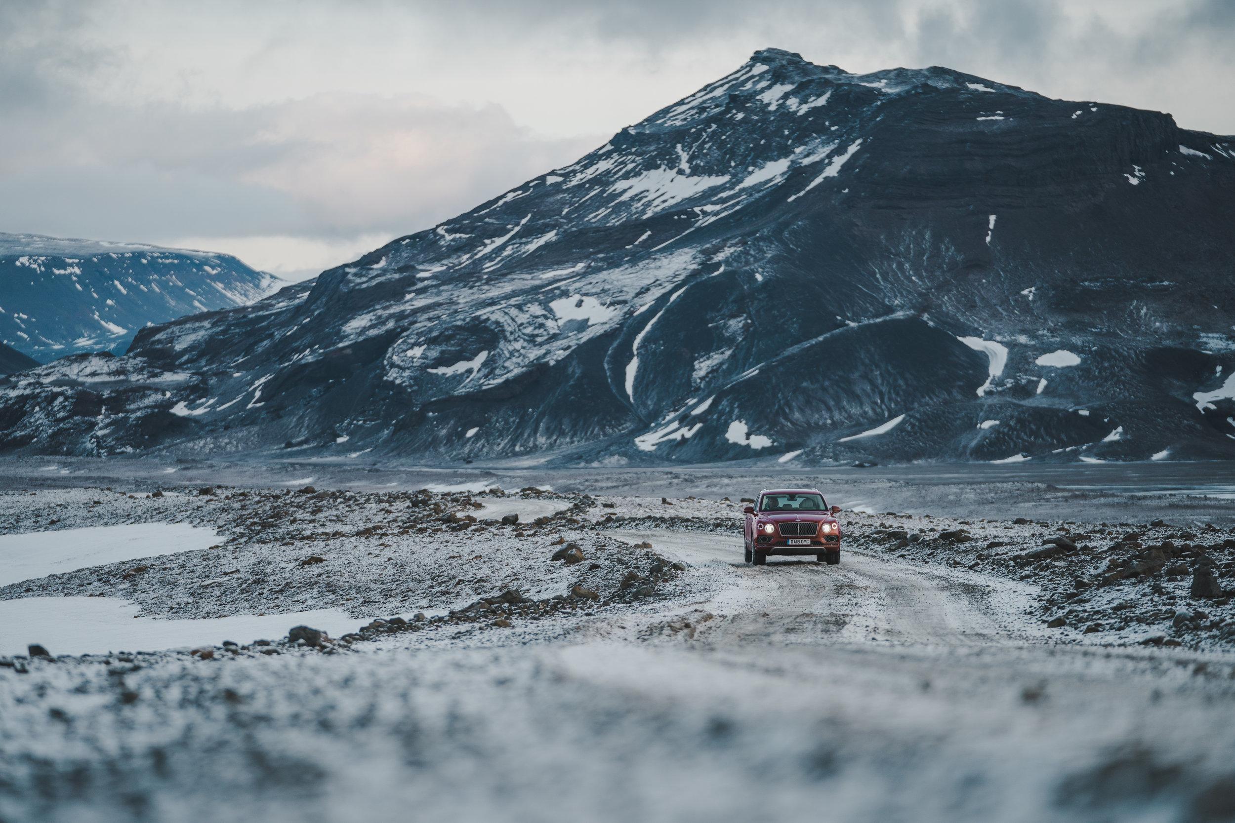 RP - Bentayga Iceland-9.jpg