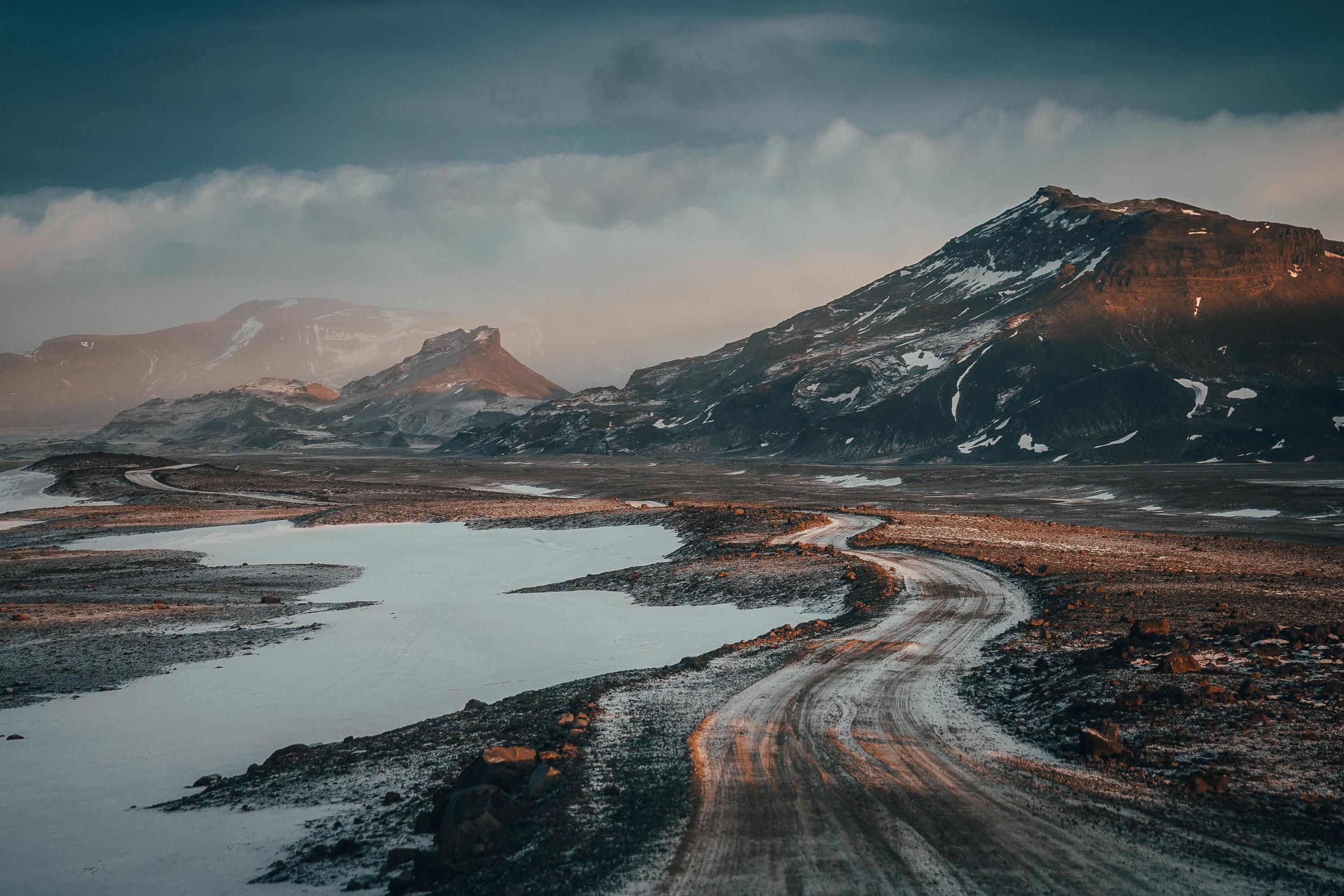 RP - Bentayga Iceland-65.jpg