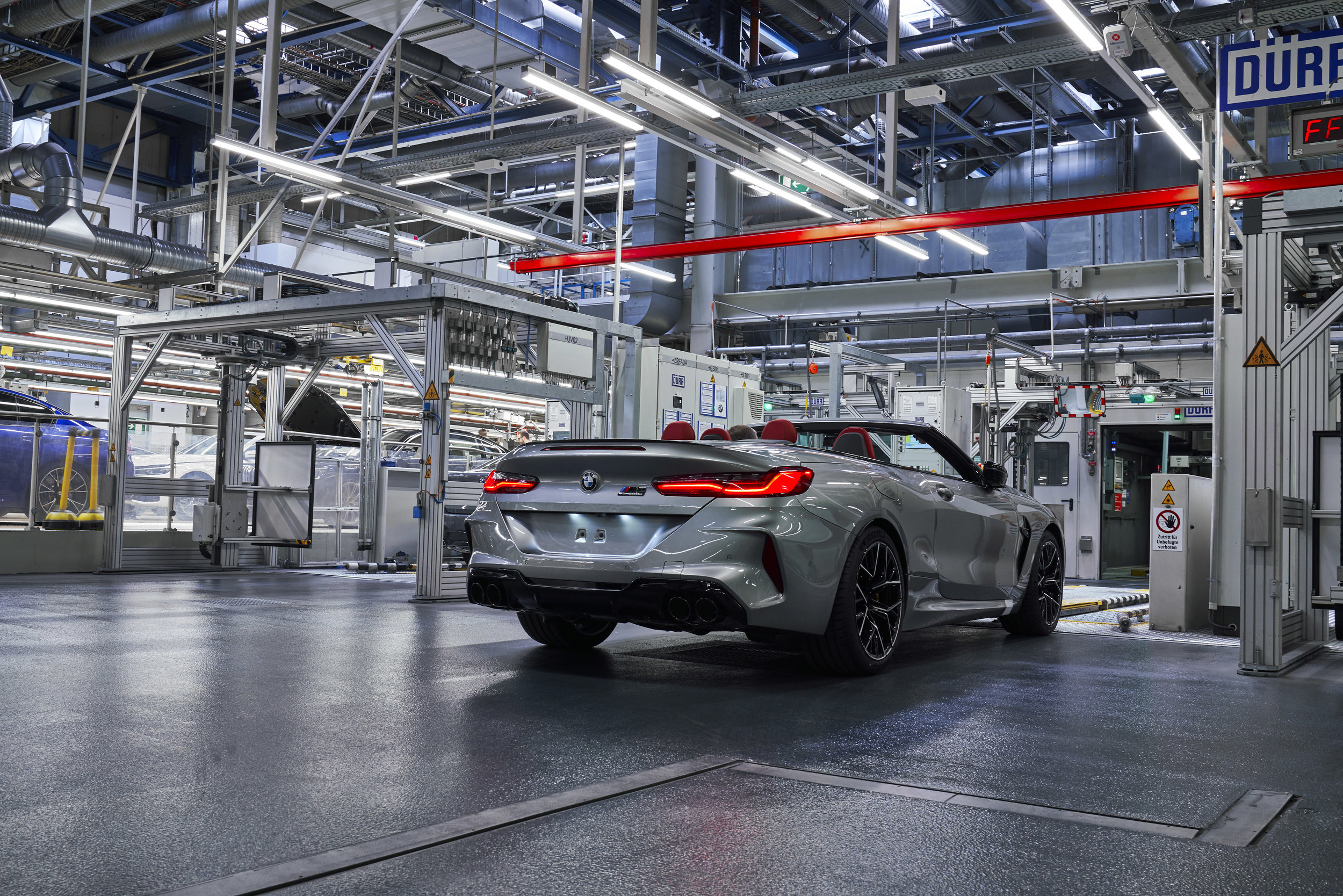 P90357012_highRes_the-new-bmw-m8-compe.jpg