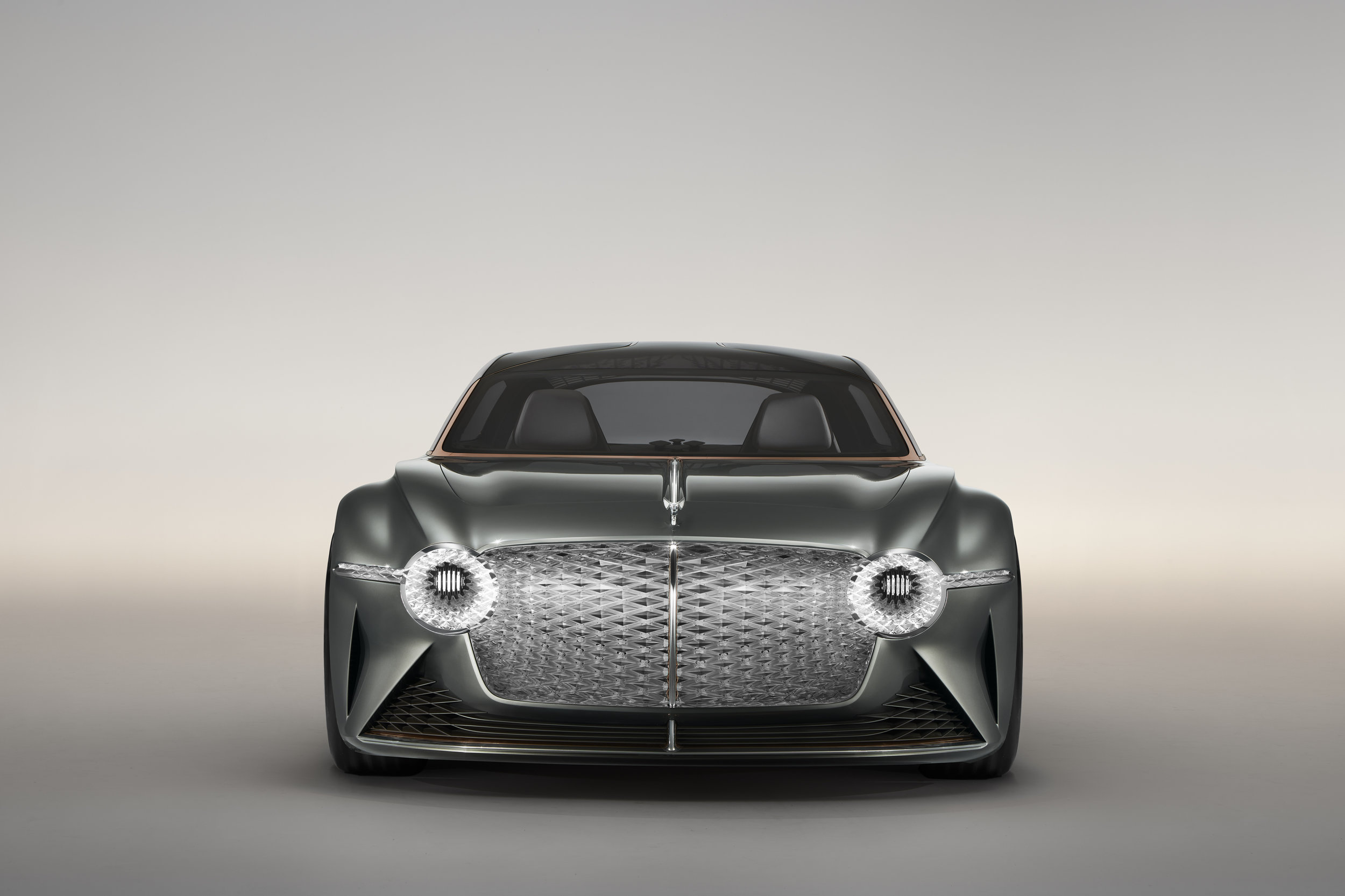 Bentley EXP 100 GT (5).jpg