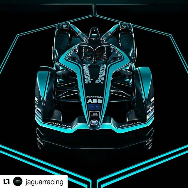 Catch a teaser from @thebunkeragency's newest project with the photographer
