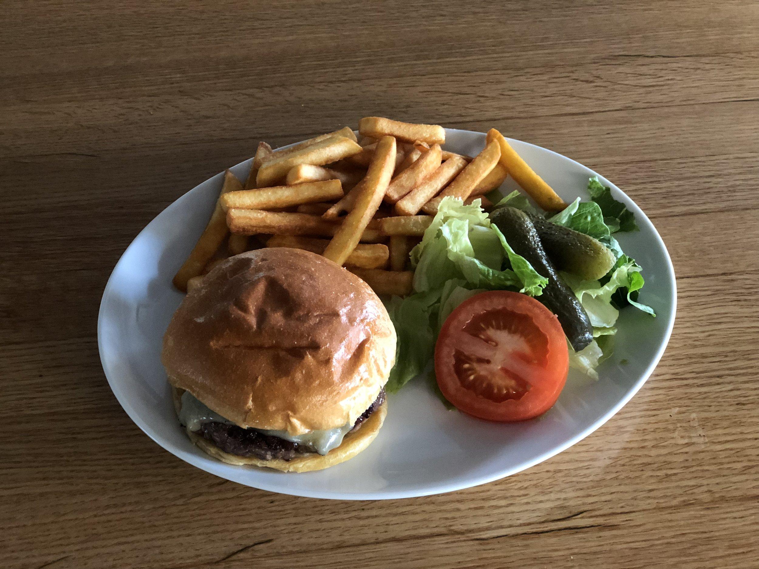 2018-08-08 16.52.31 burger.jpg