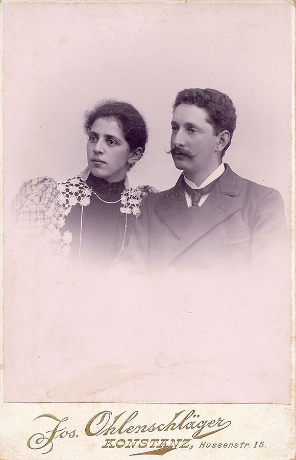 Regine und Jakob Picard auf ihrem Hochzeitsbild