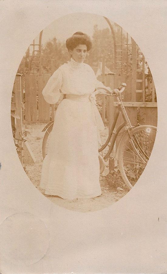 Selma Wolf, 1909