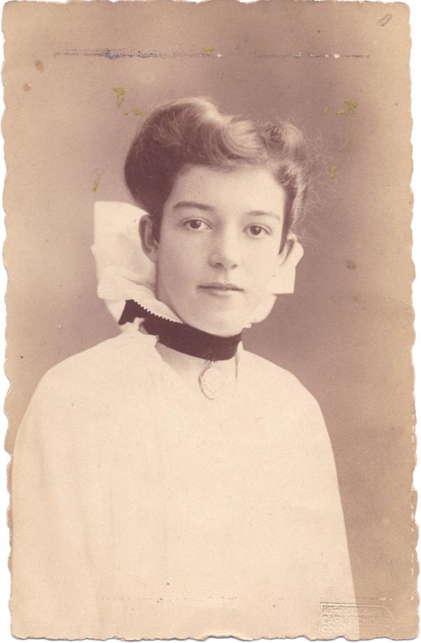 Auguste Neuhaus als junges Mädchen
