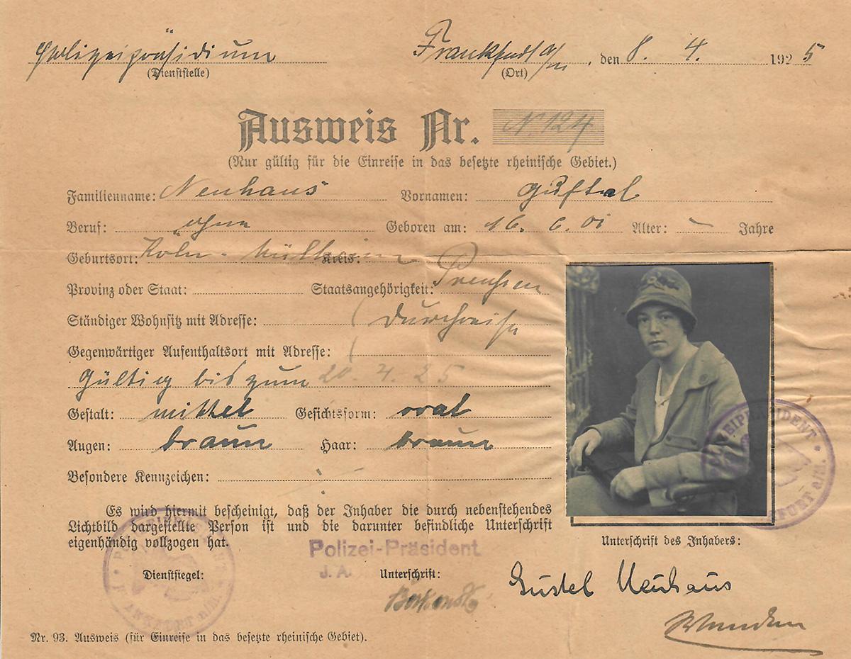Ausweispapier von Auguste Neuhaus vom April 1925