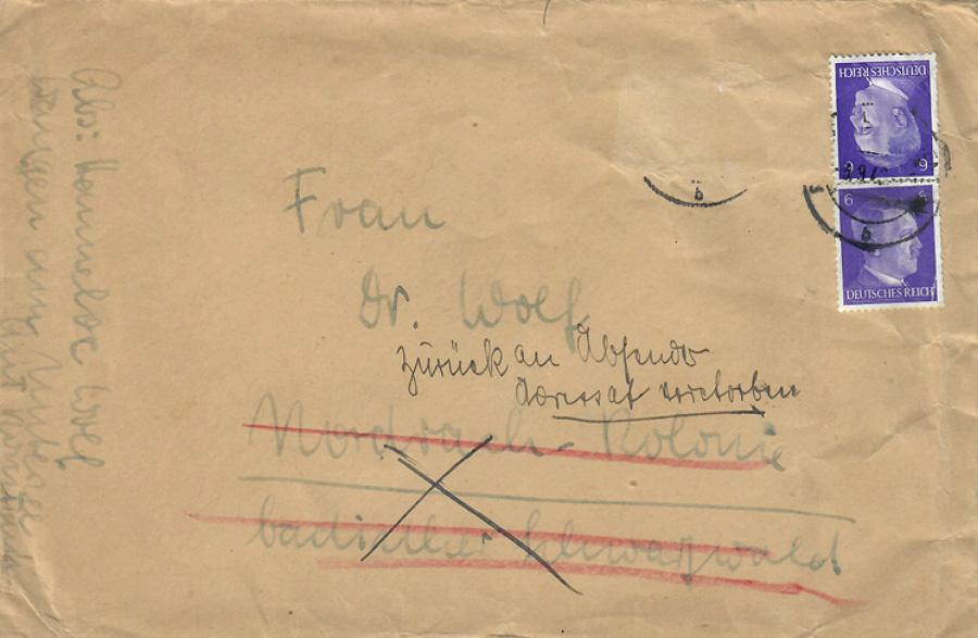 »Adressat verstorben«. Wenige Tage nach deren Tod erhält Hannelore Wolf ihren letzten Brief an die Mutter ungeöffnet zurück.