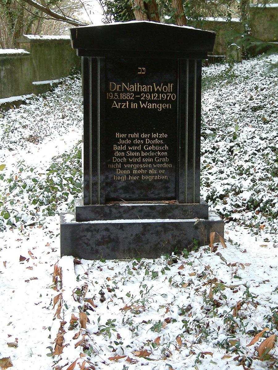 Das Grab Nathan Wolfs auf dem Jüdischen Friedhof Wangen.