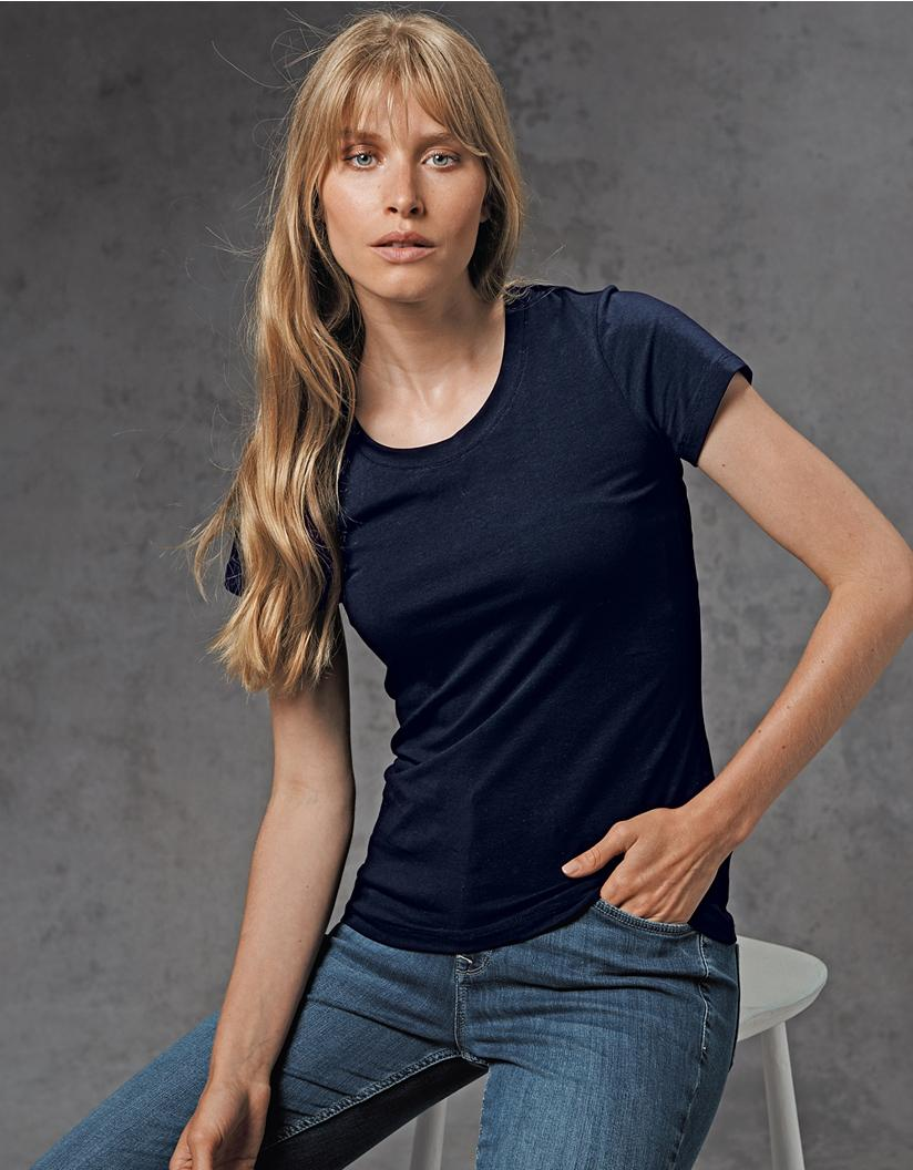 the-white-company-designer-Navy-Essential-Short-Sleeve-T-shirt.jpeg