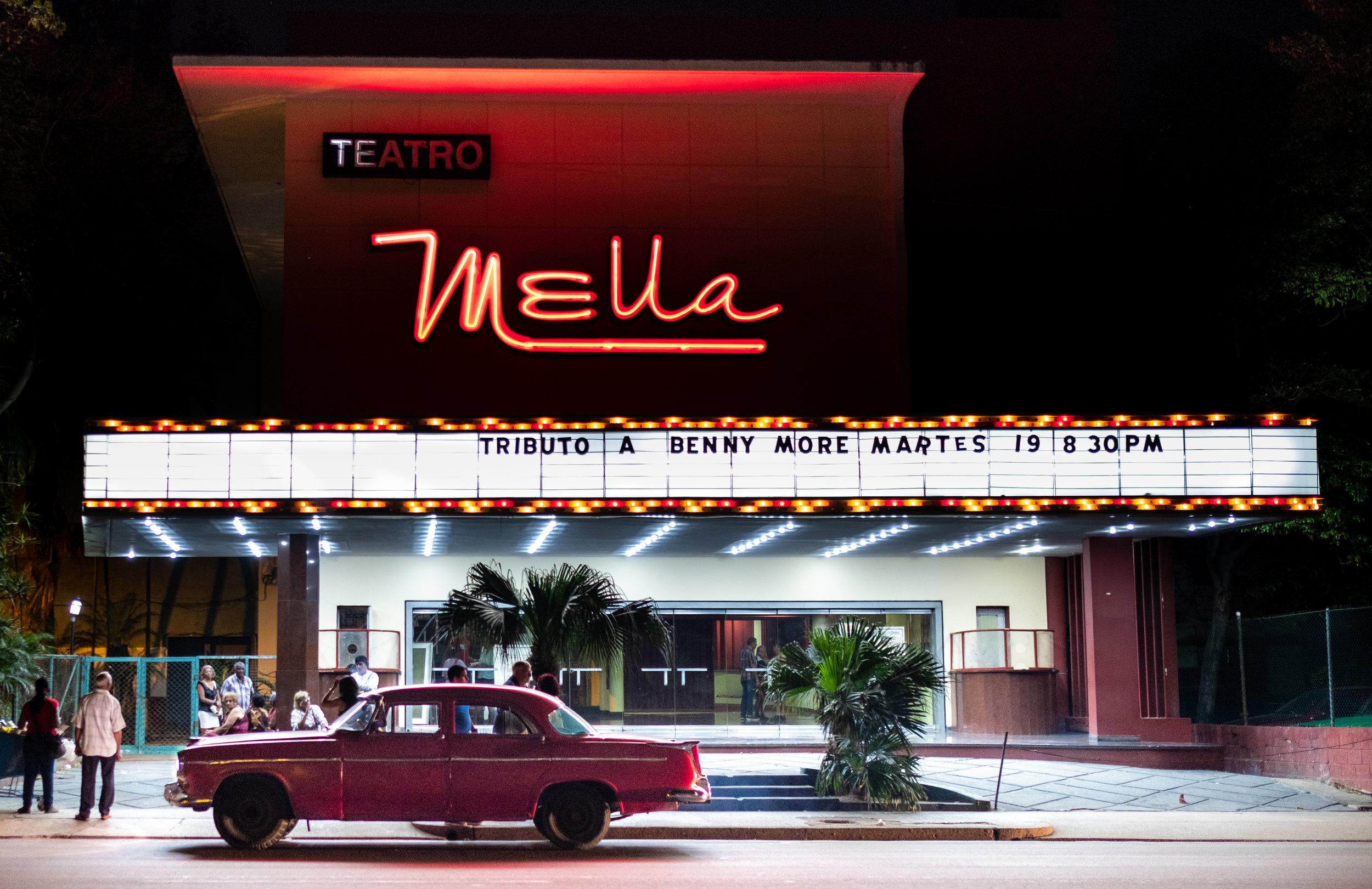 Teatro Mella 1, REX, Havana neon-.jpg