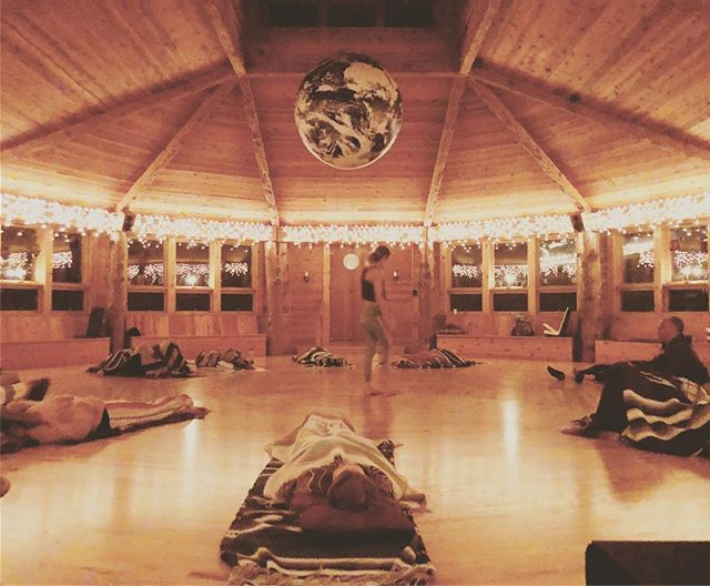 A magical Saturday night at the #starhouseboulder lead by @elemental.movement.arts that encompassed vulnerability, meditation, breath (@jmoreng ), movement, sound healing, ceremony and much more. It was a privilege to be part of this ceremony. What an incredible night, in a sacred space connecting with open and growth minded individuals