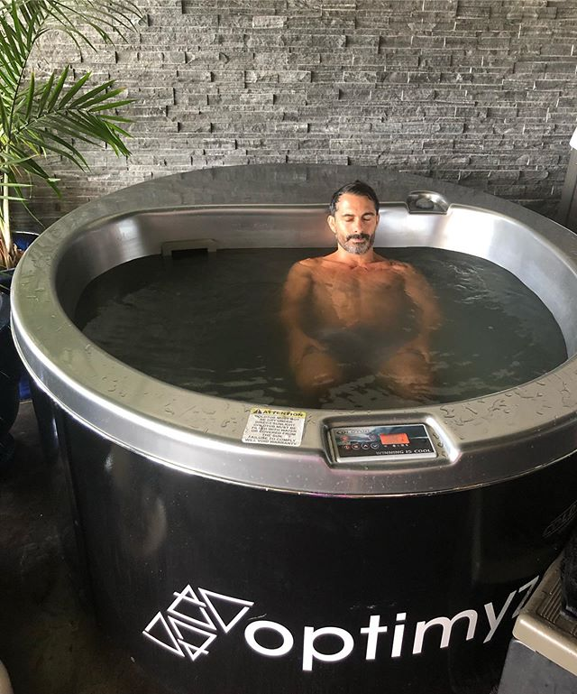 Getting my daily cold training in! A big part of the training is #breathawareness  We work to slow and calm the breath down. I rotate and use two different cold tubs. 1 being  @coldtubs and the other  @morozkoforge  Both units are amazing. @morozkoforge is a local Arizona based business and they make amazing units. The advantages of the @morozkoforge is that it can get to colder temps.  Each day I am able to have freezing cold water. The @coldtubs is great as well not able to get as cold but having more powerful jets to keep it colder longer if there is lots of people using it daily.