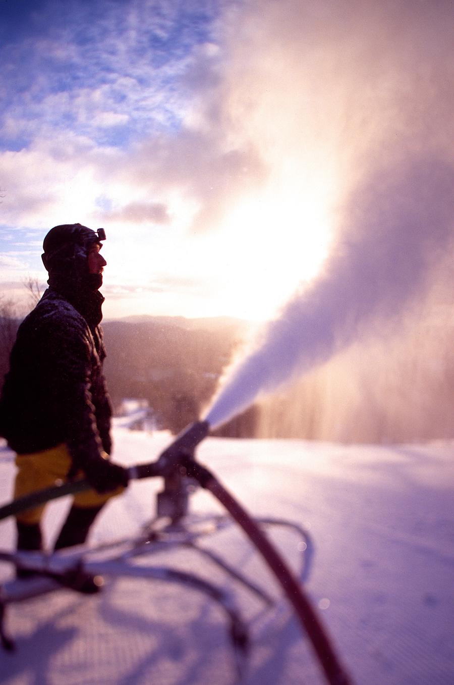 26_snowmaker2.jpg
