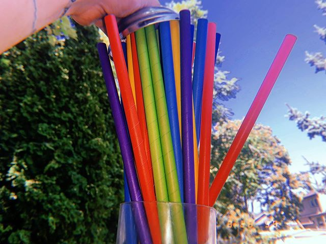 🥽Choose your weapon. Our paper straws have bigger holes for bigger spitwads. . . . . #portlandfood #portlandfoodcarts #paperstrawssuck #paperstraws #savetheturtles #recycle #reducereuserecyle #environment #rainbow #colorful #plasticfree #thedoghousepdx #thelotatscout