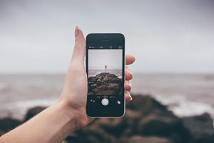 cellphone-900x600.jpg