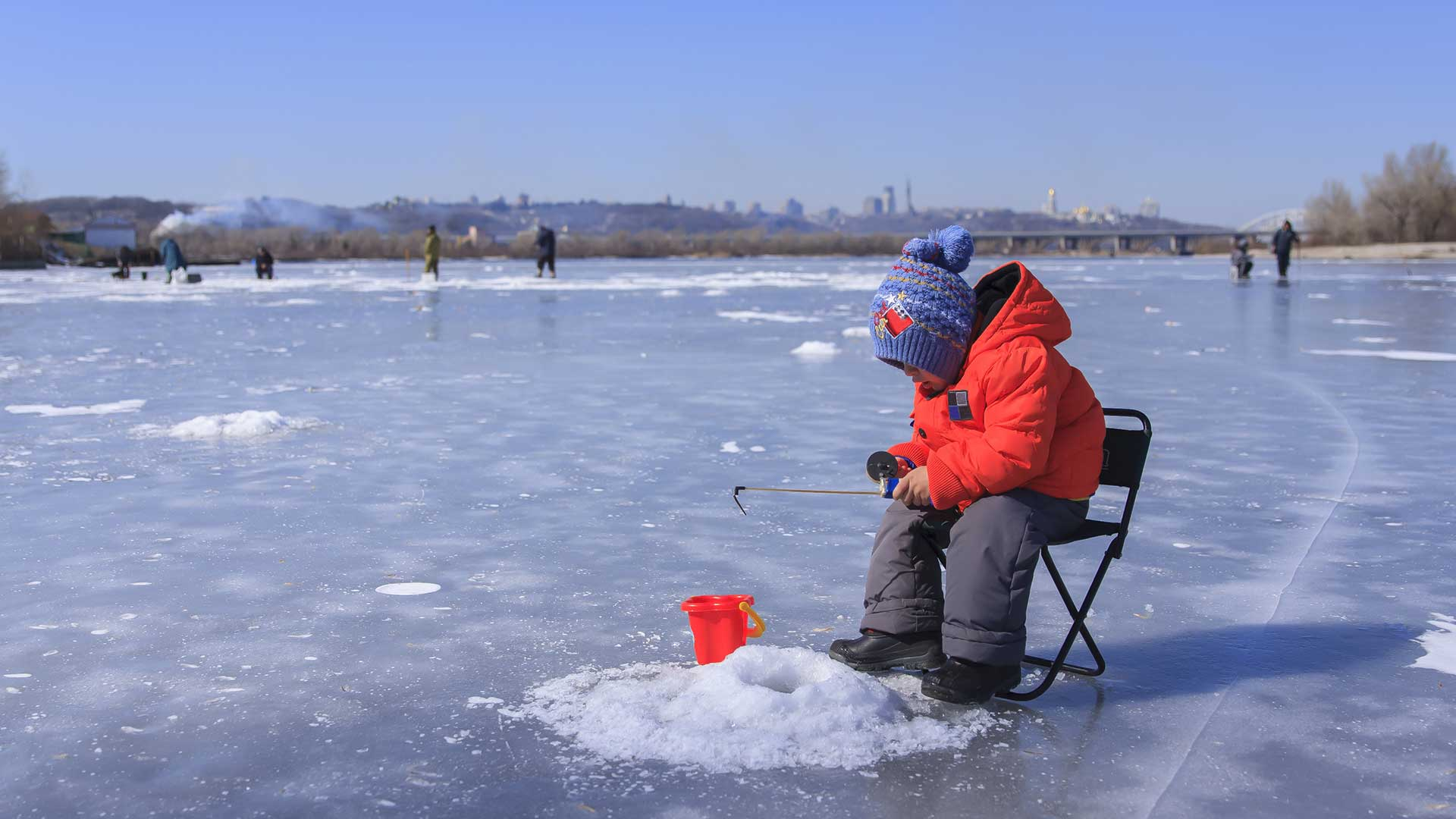 Ice-Fishing-Explained-to-Cousins-from-Florida.jpg
