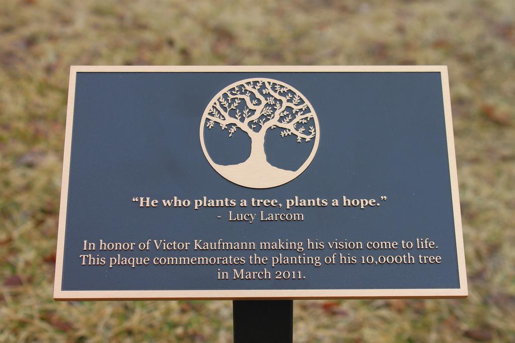 Garden Plaque Example.jpg