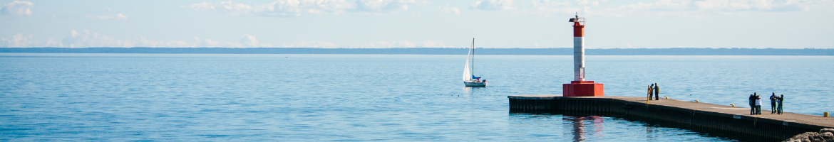 oakville pier with sailboat.png