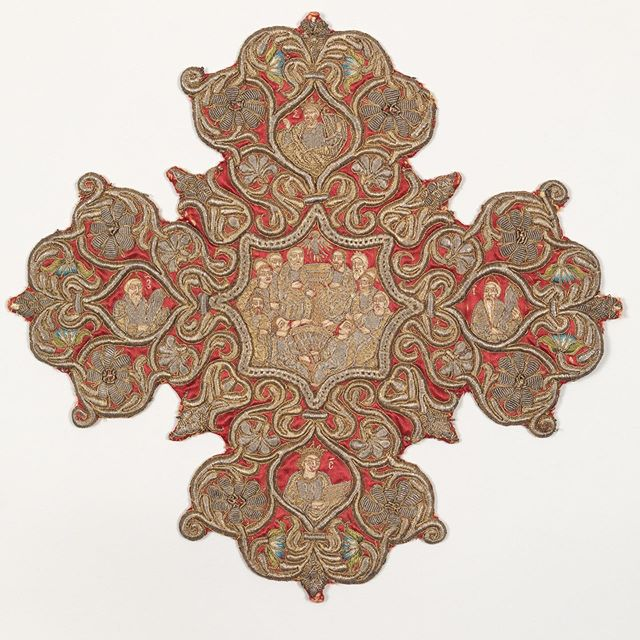 "Embroidered cross from an Omophorion, late 17th or early 18th c., Ottoman. ""Formed as sprays of floral ornament, this embroidered cross from a bishop's outer stole, or omophorion, reflects the eastward spread of the Baroque style via Venice. This embroidered cross and its pair (see 17.120.108) depict the Crucifixion of Christ and the Pentecost, surrounded, respectively, by the writers of the Gospels and four prophets."" #sacredarts #sacredartsinitiative #pentecost #vestments #metmuseum #nyc"