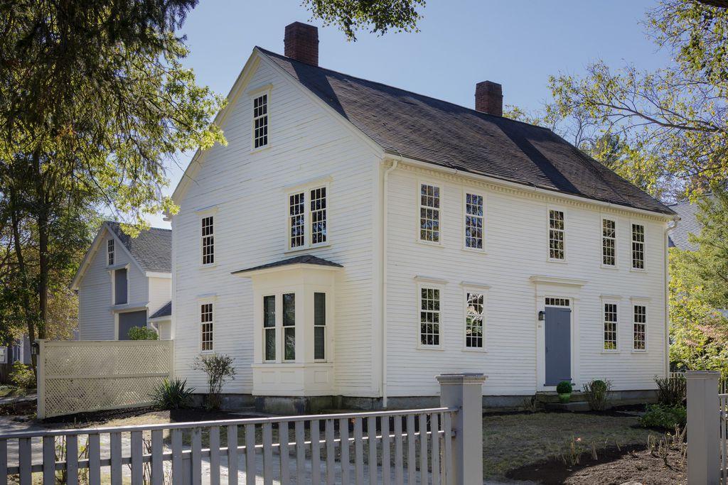 Concord Colonial 2.jpg