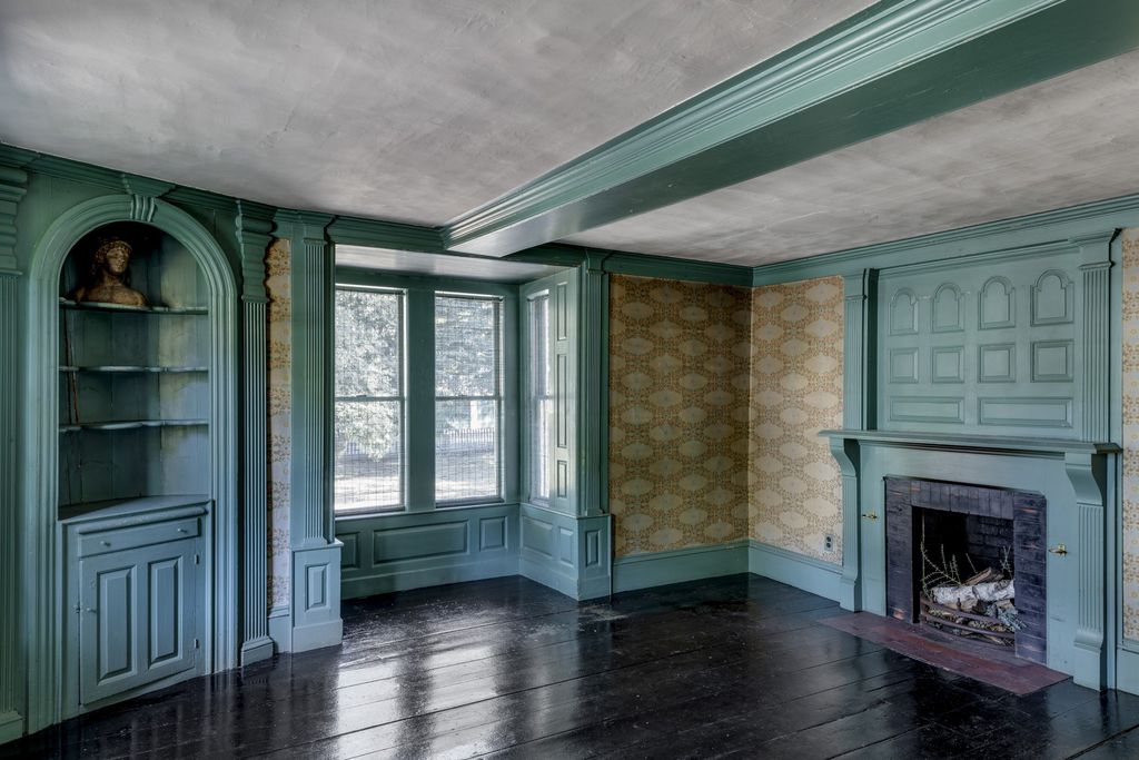 Concord Colonial 5.jpg