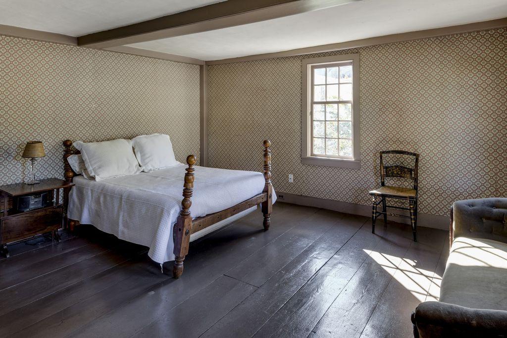 Concord Colonial 10.jpg
