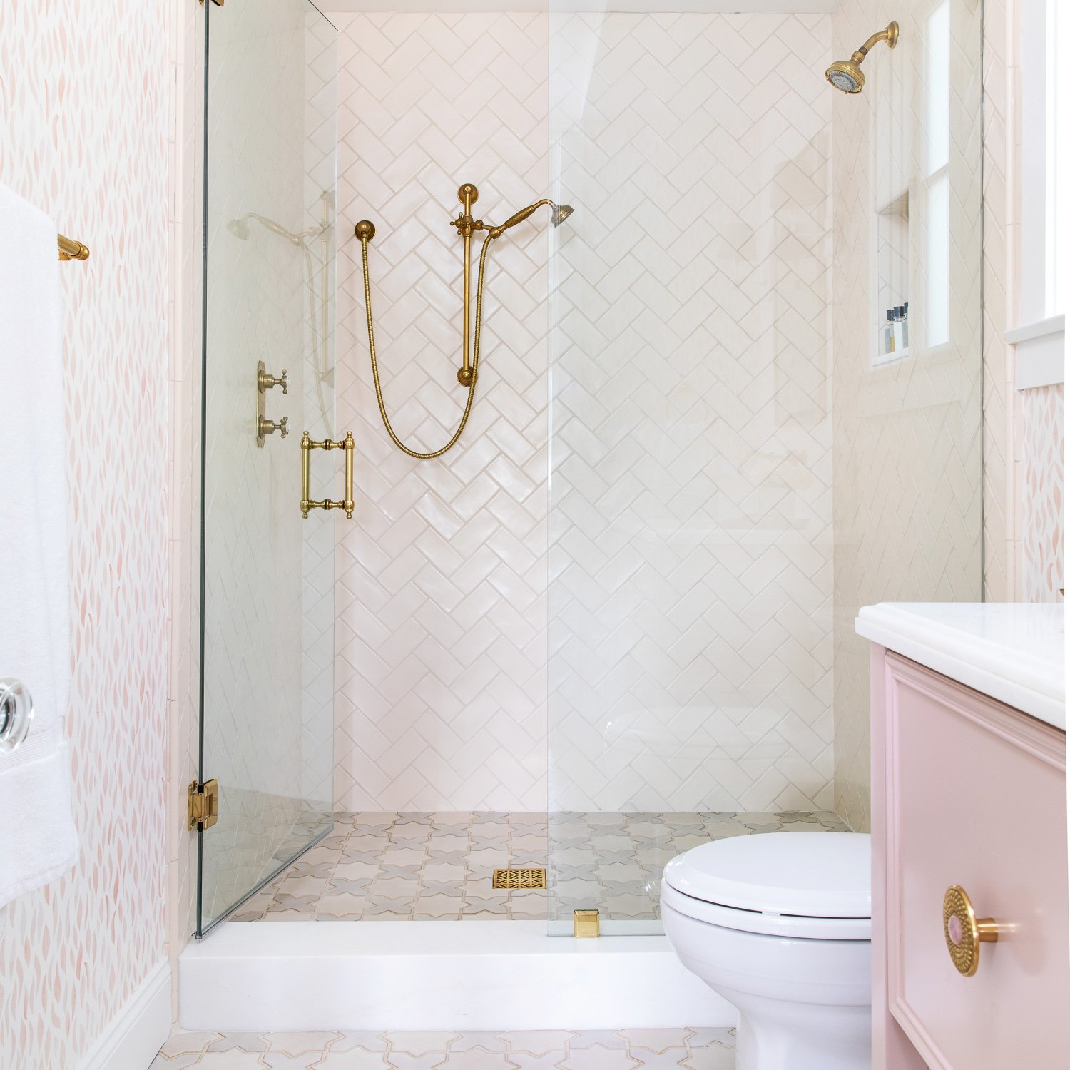 Waterleaf-Interiors-Bathroom-Pink.jpg