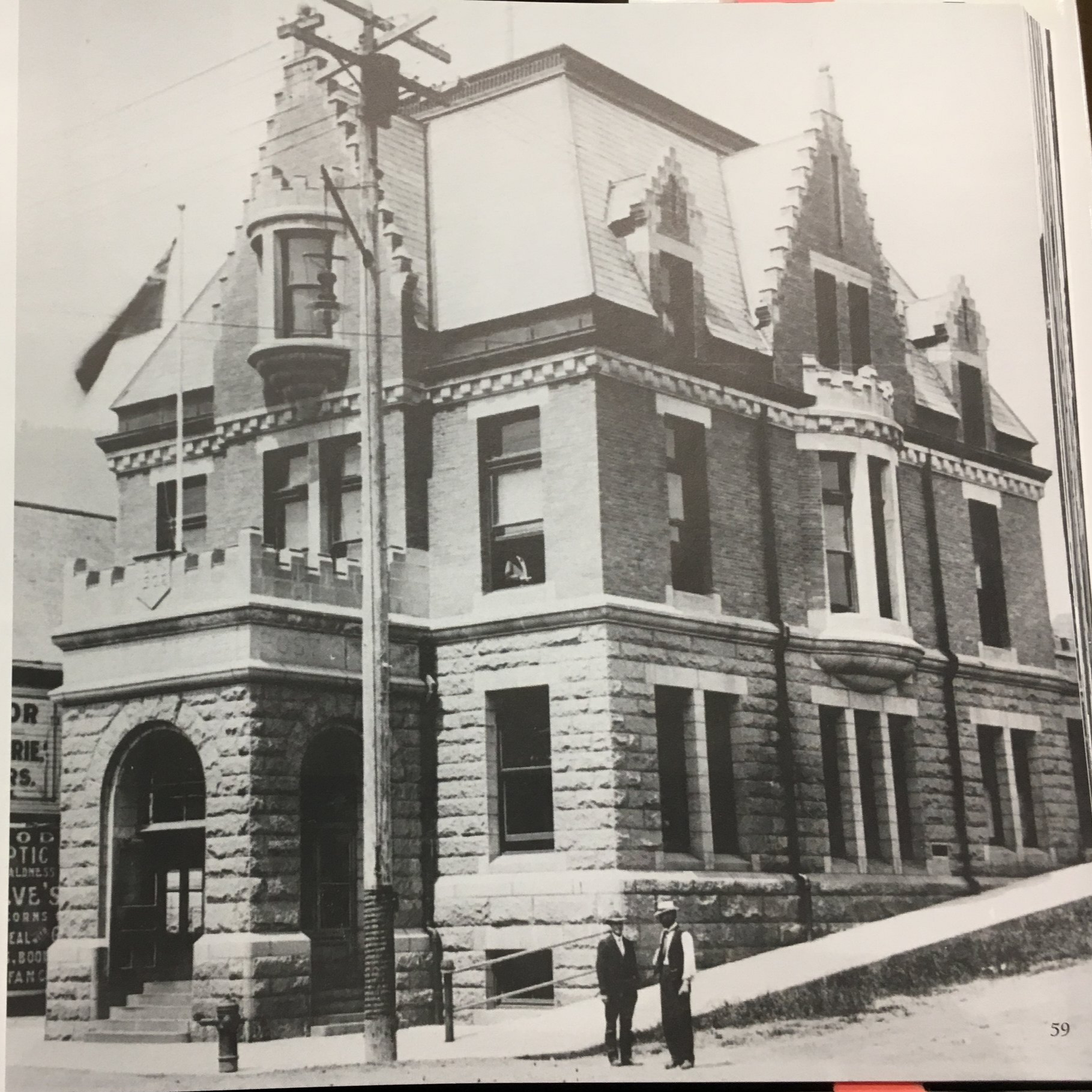 Rossland Post Office circa 1910 included the Customs Office.