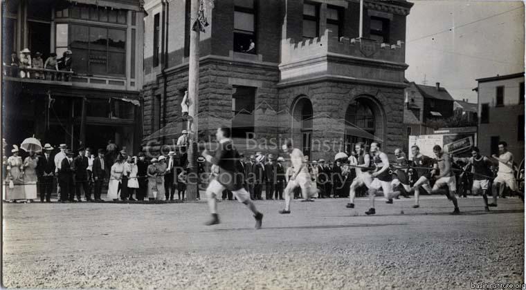 Photo 2286.0037: Hose reel racing on Columbia Avenue, circa 1914.